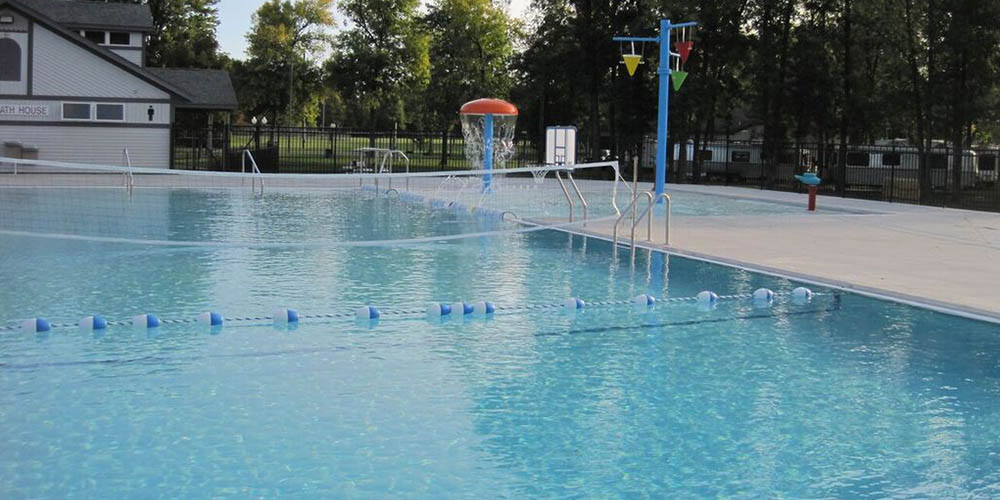 B And Pools Services